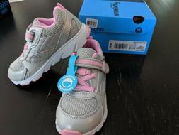 NIB Stride Rite Made 2 Play Pink Silver Girl Sneakers 9.5 Wi